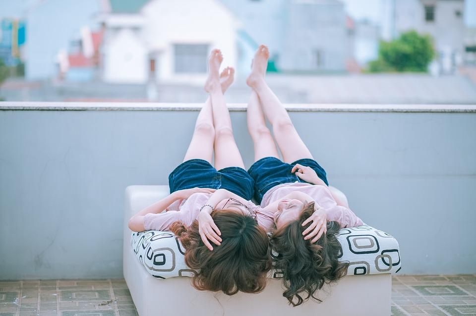 Miłość lesbijska – wszystko, co musisz wiedzieć o bezpieczeństwie